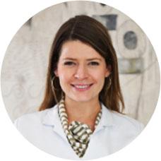 Dra. Laura Cunha